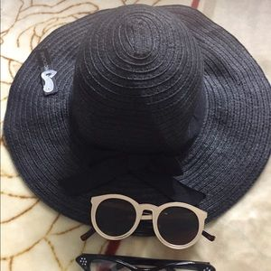 Lot cat-eye flat top celine sunglasses & sun hat